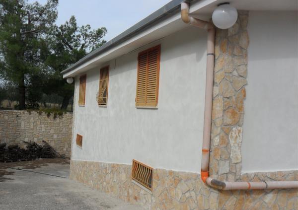 Reforma exterior casa rural italia andria naturclay - Casas rurales ecologicas ...